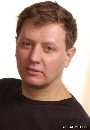Сериал 2011 - Фото Стаса Карпова из сериала Глухарь-3: http://serial-2010.ucoz.ru/index/foto_stasa_karpova_iz_seriala_glukhar_3/0-45